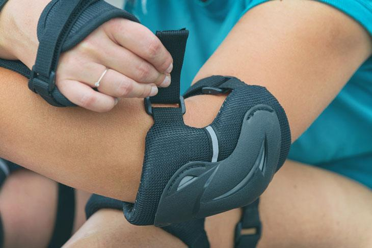 best lacrosse elbow pads for youth